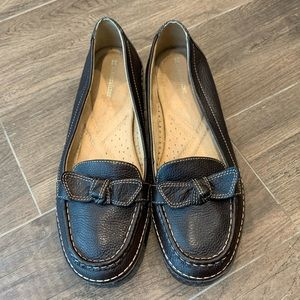 Naturalized Levity Brown Leather Loafers Size 10M